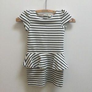 🖤 Girls H&M black white stripe MOD dress 4-6 Y